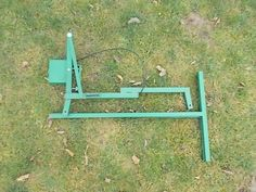 Log Saw Horse Drill Grape Electric Grape Crusher Log Splitter Cone Log Holder for Chainsaw Cutting: Homemade Log Holder for Chainsaw Metal Chainsaw Log Saw Horse With Holder & Clamp For Sawing Logs Log Saw, Firewood Logs, Log Splitter, Log Holder, Le Moulin, Chainsaw, Wood And Metal, Picnic Table, Drill