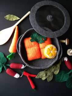 Play Felt Sauce Pan cooking pot with lid by thatgirl99 on Etsy, $24.00