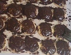 Likérové špice s fotopostupom, recept, Zákusky | Tortyodmamy.sk Spices, Cookies, Chocolate, Food, Crack Crackers, Spice, Biscuits, Essen, Chocolates