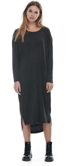FASHION/OVERLOAD ROBE OVERSIZE DRESS NOIR Oversized Dress, Cold Shoulder Dress, Collection, Sweaters, Dresses, Fashion, Dress Ideas, Fashion Ideas, Vestidos
