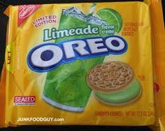 "Limited Edition Limeade Oreos - I'm of the ""Don't knock it 'til you try it"" frame of mind, so I'd try them. Weird Oreo Flavors, Pop Tart Flavors, Cookie Flavors, Weird Food, Fake Food, Limeade Drinks, Delicious Desserts, Yummy Treats, Junk Food Snacks"