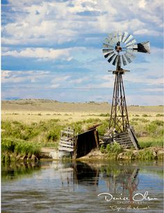 Homesick for the prairie! Windmill in the Sandhills, Nebraska, U. Country Farm, Country Life, Country Living, Farm Windmill, Old Windmills, Into The West, Country Scenes, Water Tower, Old Barns