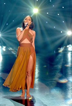 Showstopper! Multi-talented Vanessa Hudgens put her talents on full display as she performed on the season finale of So You Think You Can Dance