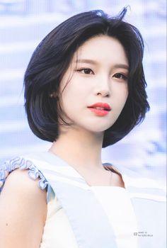 Asian Short Hair, Girl Short Hair, Short Hair Cuts, Korean Short Haircut, Kpop Short Hair, Shot Hair Styles, Curly Hair Styles, Hair Inspo, Hair Inspiration