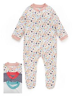 Things to look out for in a babygro: turn-over mitts (no need to buy useless scratch mitts), integrated feet (no need for socks), poppers down middle (not to one side as awkward to get one leg in), soft around collar and no annoying labels at the back of the neck. Also, handy tip: always do the poppers from top down otherwise you can easily get in a muddle around the crotch area.