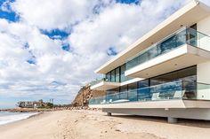 Coastal Contemporary: 10 Modern Seaside Homes | Dwell