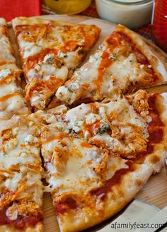 Buffalo Chicken Pizza by A Family Feast. Buffalo Chicken Pizza - An outrageously good pizza (perfect for game day parties!) using our popular Slow Cooker Pulled Buffalo Chicken recipe. Buffalo Chicken Pizza, Buffalo Chicken Recipes, Shredded Buffalo Chicken, Chicken Pizza Recipes, I Love Pizza, Good Pizza, Pizza Pizza, Pizza Party, Pizza Food