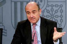 """De Guindos asegura que las previsiones de crecimiento del 2% se han vuelto """"moderadas"""" - http://plazafinanciera.com/economia/espana/de-guindos-asegura-que-las-previsiones-de-crecimiento-del-2-se-han-vuelto-moderadas/   #LuisDeGuindos, #PIB #España"""