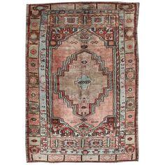 Turkish Rug - Salmon Vintage Tribal Medallion Turkish Oushak Wool Source by Rugs Weaving Art, Home Rugs, Tribal Rug, Shades Of Red, Vintage Pink, Rugs On Carpet, Rug Features, Bohemian Rug, Salmon