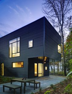 Great #modern architecture > Architect Robert M. Gurney designed the Lujan house in Ocean View, Delaware.