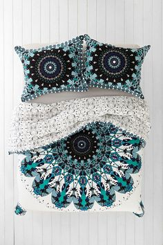 Boho Interior Design:: Beach Boho Chic :: Dream Home + Cool Living Space :: Ethnic : Bohemian Style Decoration:: Diseño de Interiores:: ZAIMARA Inspirations:: My New Room, My Room, Home Bedroom, Bedroom Decor, Bedrooms, Bedroom Ideas, Master Bedroom, Mandala Hippie, Duvet Covers Urban Outfitters