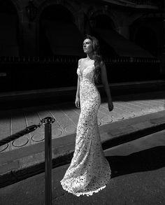 Robe de luxe «Cor unum» de Veronika Jeanvie http://veronikajeanvie.com  #robedesoirée #gala #soiréedegala #avenuemontaigne #robesdemariée #créatrice  #paris #guipure #dentelle #modenuptiale #dress #weddingdress #collection #tendance #trend #mariée #mariage  #styliste  #lamariée #bride #wedding #weddinginspiration #bridal #bridalgown #loveinparis #fashion #luxe #glamour #exclusive #loveparis #créationfrançaise