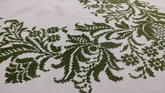 Handmade Rectangular Embroidered Tablecloth, Linen, Vintage 70s, 136x176cm/53.5x69.3in Lace Table Runners, Crochet Table Runner, Linen Tablecloth, Tablecloths, Vintage 70s, Etsy Vintage, Vintage Table Linens, Handmade Table, White Fabrics