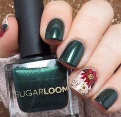 Make an original manicure for Valentine's Day - My Nails Holiday Nail Art, Xmas Nails, Winter Nail Art, Christmas Nail Art, Winter Nails, Simple Christmas, Christmas Poinsettia, Christmas Holiday, Manicure