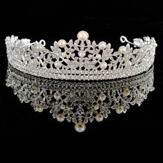 Aliexpress.com   Buy Vintage Austrian crystal Pearl Jewelry Bridal Tiaras  Wedding crown Hairbands Bling Upscale Wedding Hair Accessories… 1ae6a57813e3