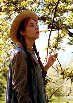 mademoisellelapiquante: Megan Follows as Anne Shirley in Anne of Green Gables - 1985