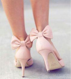 Skin color bow tie heels
