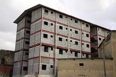 #MIVIOT_Informa: Nuevas soluciones de viviendas se construyen para ... Informa, Multi Story Building