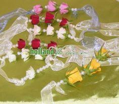bratara cu mini trandafiri