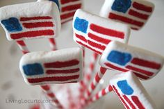 Easy American Flag Marshmallows for the 4th of July.
