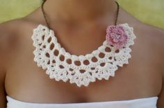 #Collar #gargantilla blanco hueso con flor de #crochet diseñado por DIDIcrochet, €14.00