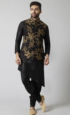 30 Best Black Kurta Designs For Men To Rock Any Occasion in 2020 Sherwani For Men Wedding, Wedding Dresses Men Indian, Wedding Dress Men, Men's Wedding Wear, Mens Sherwani, Sherwani Groom, Wedding Suits, Mens Indian Wear, Mens Ethnic Wear
