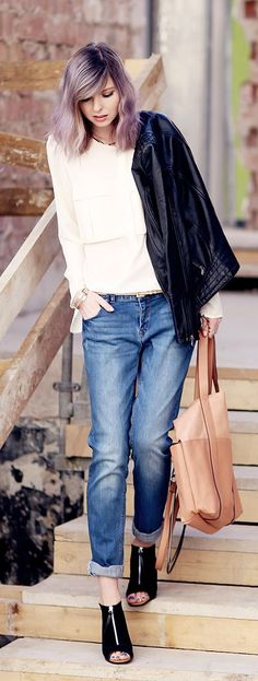 Blush Leather Tote Styling