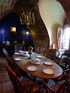 Dining room with seaview by Beth M527, via Flickr