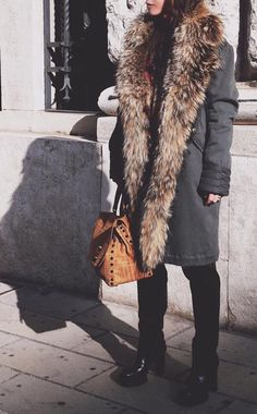 ANA ANNA #parka #streetstyle #fashion #fashion #bazardeluxe #zanellato #style #shopping