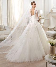 Pronovias te presenta el vestido de novia Ocanto. Glamour 2014.   Pronovias