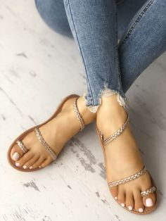 Solid Toe Ring Braided Strap Flat Sandals The best women's fashion Shoes deals. Flat Sandals Outfit, Shoes Flats Sandals, Cute Sandals, Cute Shoes, Strap Sandals, Leather Sandals, Me Too Shoes, Shoe Boots, Heels