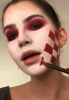 Are you looking for ideas for your Halloween make-up? Browse around this site for cute Halloween makeup looks. Sfx Makeup, Makeup Art, Scary Makeup, Jester Makeup, Evil Clown Makeup, Puppet Makeup, Creepy Doll Makeup, Wound Makeup, Cute Clown Makeup