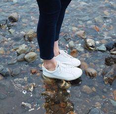 Veja Esplar Sneaker For Women - White Jeans Jumpsuit, Romper Pants, Veja Esplar, Blouse Outfit, Buy Shoes, Tank Top Shirt, Jacket Dress, Short Skirts, Bag Accessories