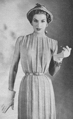 1954 Striées tubulaire Vintage Knitting Pattern PDF par annalaia, $3.95