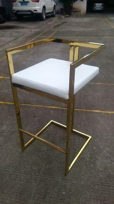 Metal Dining Chairs, Bar Chairs, Metal Furniture, Furniture Design, Chrome Bar Stools, Small Room Decor, Apartment Furniture, Home Interior Design, Rose