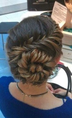an amazing conch shell braid. Try an amazing conch shell braid. Up Hairstyles, Pretty Hairstyles, Braided Hairstyles, Wedding Hairstyles, Braided Updo, Wedding Updo, Prom Updo, Hairstyle Ideas, Perfect Hairstyle