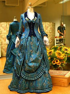 Phantom costume, gorgeous and so detailed