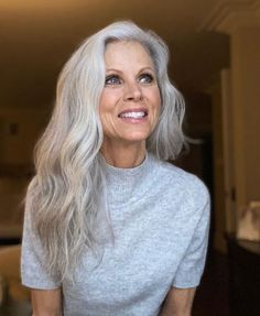 Grey Hair Young, Grey Hair Old, Grey Hair Over 50, Curly Gray Hair, Hair For Women Over 50, Long Silver Hair, Silver White Hair, Long White Hair, Hair Color Gray Silver