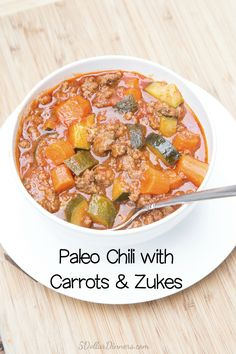 Paleo Chili with Carrots and Zucchini ~ an easy and healthy dinner recipe that is filling and budget friendly! | 5DollarDinners.com