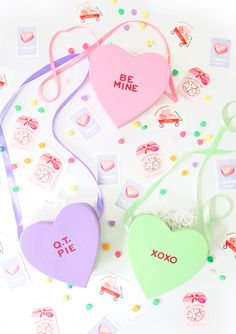 Get your fill on love this Valentine's Day with this fun DIY  project. Shop all the fun classroom Valentine's Day cards from Minted today. Image courtesy of @damasklove