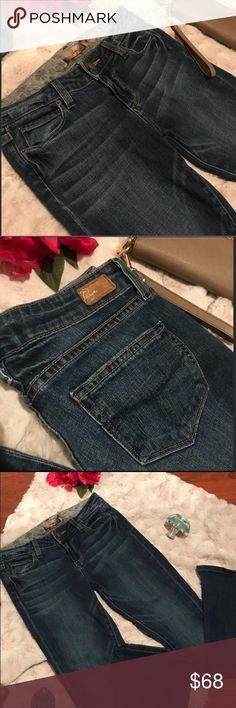 PAIGE Lou Lou jeans Excellent condition. Size 26. Boot cut. 1% spandex PAIGE Jeans Boot Cut