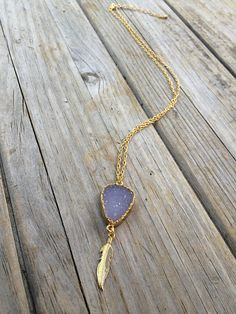 Natural Agate Druzy Necklace with Feather, Druzy Necklace, Natural Stone Necklace, 24k Gold Necklace, Geode
