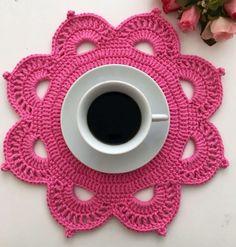 Crochet Placemat Patterns, Crochet Flower Patterns, Crochet Designs, Crochet Flowers, Crochet Stitches, Crochet Dollies, Crochet Stars, Hand Embroidery Dress, Crochet Flower Tutorial