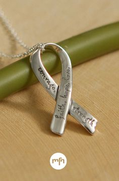 """/""""SERENITY/"""" Affirmation Circle 925 Sterling Silver Pendant USA"""
