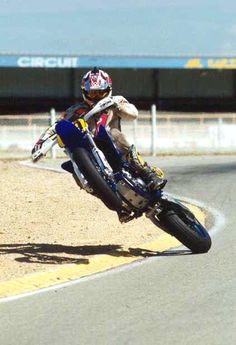 powering out of a corner properly. This is why I'm getting a supermoto lol - raceinrides