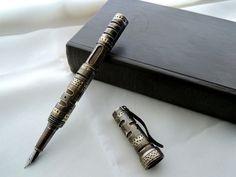 Steampunk Fountain Pen __ http://cs618622.vk.me/v618622446/1ce1c/kz1bpN6d2J8.jpg