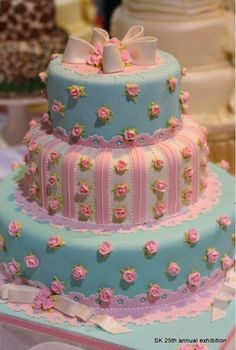 Pink and blue roses faux cake.