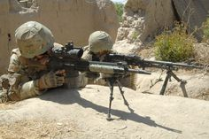 Royal Marines with 40 Commando, pictured on operations in Helmand Province, Afghanistan. Military Guns, Military Personnel, Military Life, Military Art, Military History, Military Force, British Armed Forces, British Soldier, British Army