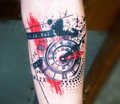 Clock tattoo by Trudy Lines Tattoo Trash Style Watch Tattoos, Time Tattoos, Body Art Tattoos, Sleeve Tattoos, Tattoo Trash, Trash Polka Tattoo, Trash Polka Frau, Trendy Tattoos, Tattoos For Guys