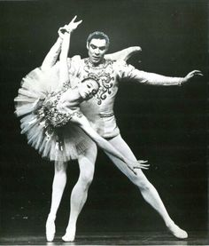 Suzanne Farrell & Jacques d'Amboise in Balanchines's 'Diamonds'